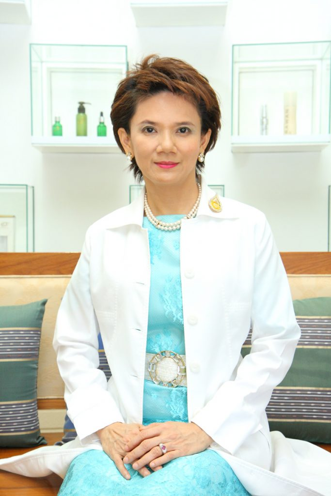 Dr Orawan